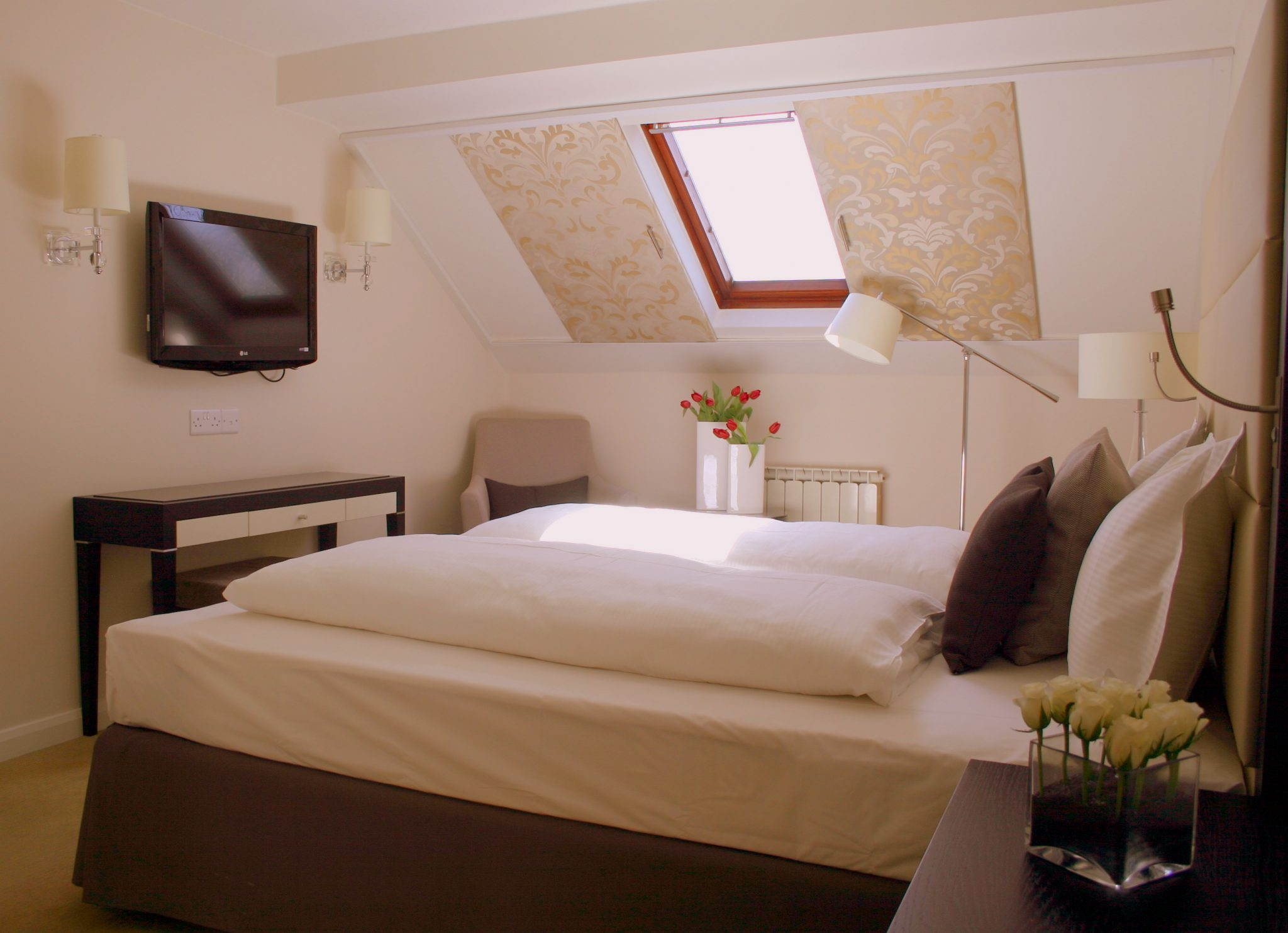 Rooms & Rates for Number Four at Stow | Stow-on-the-Wold